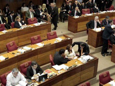 La Cámara de Diputados de Paraguay avala la ruptura institucional