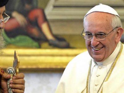 """Francisco a Tawadros II: """"Los cristianos debemos dar testimonio juntos"""""""