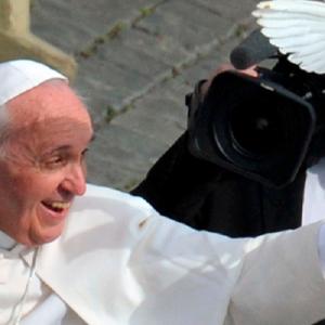 """El Papa reclama """"un desarrollo armónico e integrado de la investigación científica y tecnológica"""""""