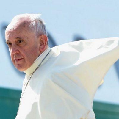 Viaje a Egipto: el Papa decidió que no usará un auto blindado