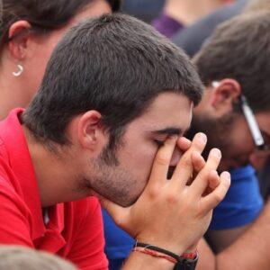Los desafíos del ateísmo de cara al Sínodo de Jóvenes