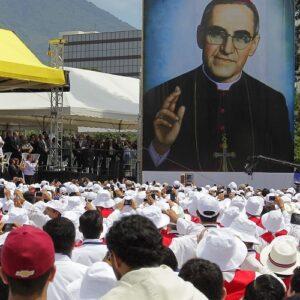 Obispos latinoamericanos se reúnen en El Salvador para homenajear a Óscar Romero
