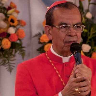 El Papa enviará al cardenal Gregorio Rosa Chávez a mediar por la paz entre las dos Coreas
