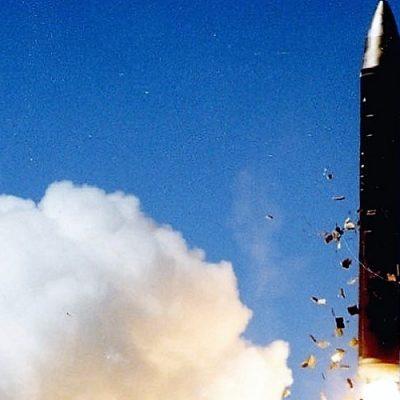 Monseñor Tomasi y el tratado antinuclear: un paso más hacia la paz