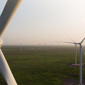 México instala en Tamaulipas su mayor parque eólico