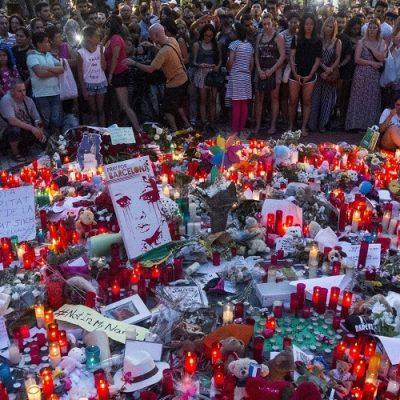 """El Papa suplica a Dios liberar al mundo de la """"deshumana violencia"""" del terrorismo"""