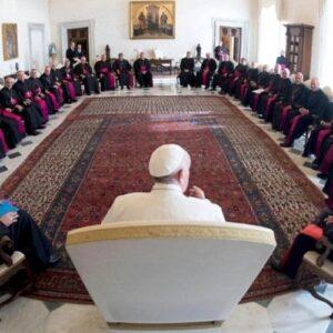 La Iglesia católica en pausa
