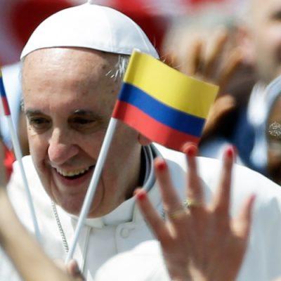 """Francisco pide a Colombia """"una paz estable y duradera, para vernos y tratarnos como hermanos, nunca como enemigos"""""""