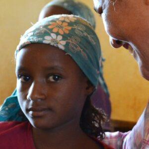 El Servicio Jesuita a Refugiados formaliza su política de protección de la infancia