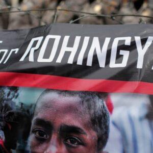 El Papa se reunirá con un grupo de refugiados rohingyá durante su visita a Bangladesh