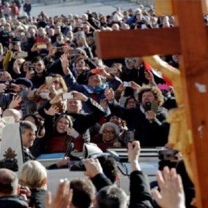 Nuevo llamamiento del Papa: unidos y ayuda concreta a los cristianos perseguidos en Oriente Medio y el mundo
