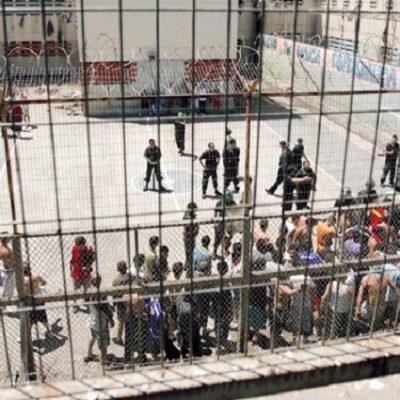El Papa y el mundo de las cárceles: Asegurar a todos sus derechos humanos