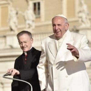 """Audiencia General: gratitud del Papa por """"animar la fe y el desarrollo social"""" en Chile y Perú"""