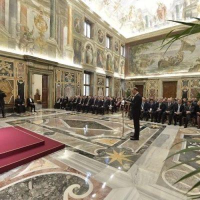 """El Papa pide """"establecer una alianza contra la indiferencia"""" en la lucha contra el antisemitismo"""
