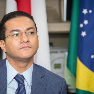 Brasil: en el último mes han renunciado tres ministros