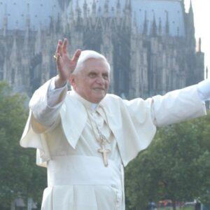 Benedicto XVI humilde servidor de la Iglesia del Señor y de la humanidad