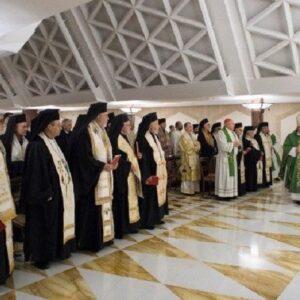 """Iglesia greco-melquita: """"El abrazo del padre de una Iglesia con Pedro"""""""
