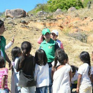 ¿Qué lugar ocupan las niñas y niños en la acción humanitaria?