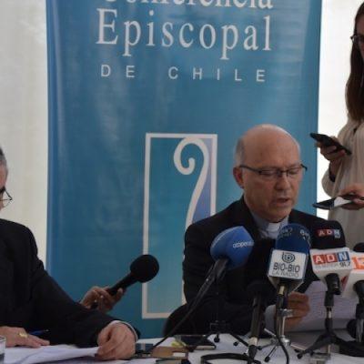 Los obispos se reunirán con el Papa la tercera semana de mayo
