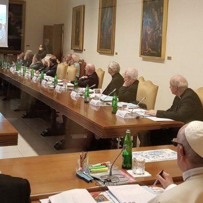 IV reunión del Papa con la secretaría para el Sínodo de los Obispos