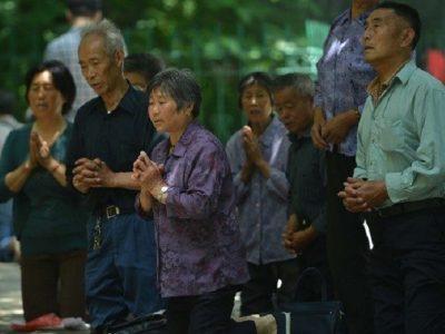 El Papa invita a rezar por los católicos chinos