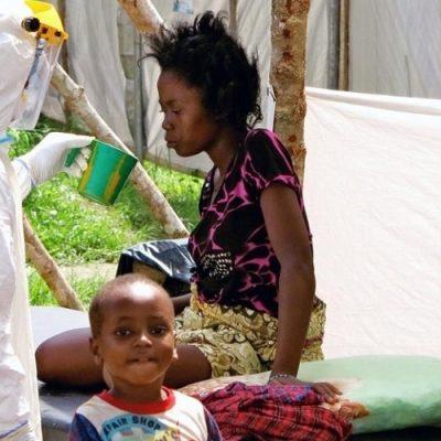 Un sacerdote infectado de ébola en el Congo