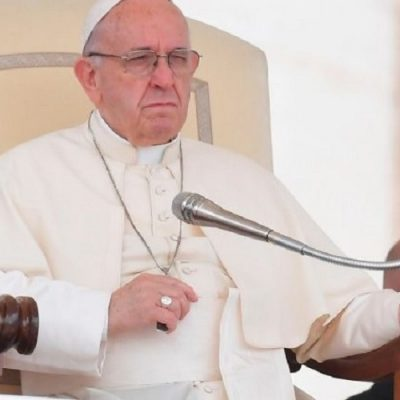 Recordatorio del Papa: Rezar por la paz en Siria y en el mundo entero