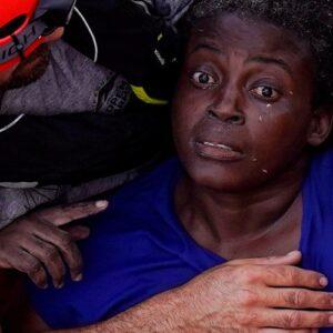 """El Papa vuelve a pedir que la comunidad internacional evite """"las tragedias"""" de las pateras en el Mediterráneo"""