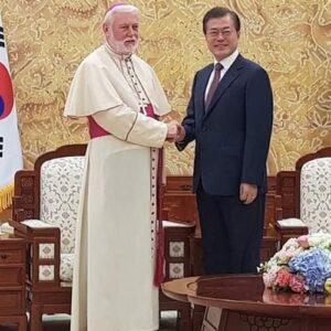 Corea: Visita de Mons. Gallagher por la paz y la reconciliación