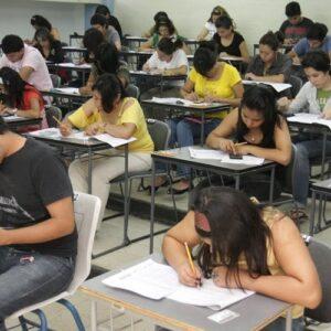 OCDE: México y Chile son los países que menos invierten en educación