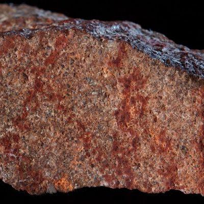 Tiene 73.000 años el primer dibujo de la historia