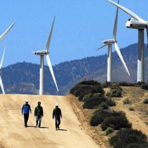 Para 2045 el 100% de la energía de California será renovable