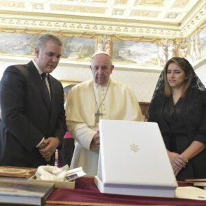"""El Papa y el Presidente de Colombia: """"Proceso de paz y migraciones"""""""