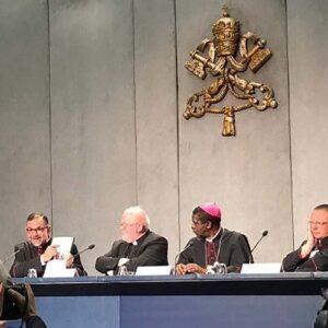 Sínodo: El Papa leerá la carta a los jóvenes el domingo, en la Misa de clausura