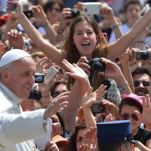 """Los jóvenes piden """"un cambio radical"""" a la Iglesia"""