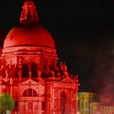 """Mensaje del Papa por la iniciativa """"Venecia en rojo"""", en apoyo a los cristianos perseguidos"""