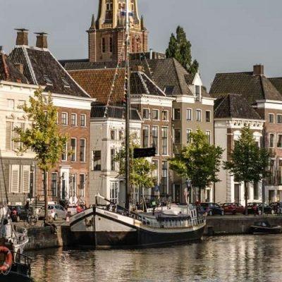 Se acelera el hundimiento de Holanda