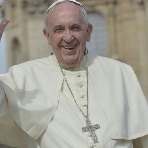 """El Papa: """"Llamados a respetar los derechos fundamentales e invisibles"""""""