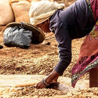 Juezas africanas: Pobreza y tráfico de personas