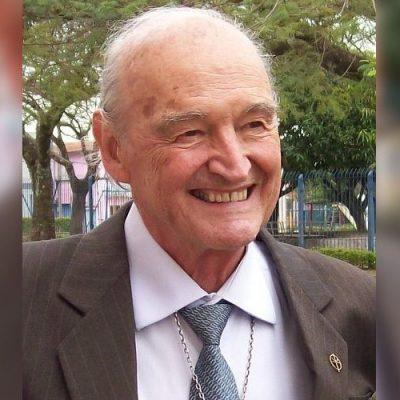"""Muere en Brasil el jesuita español y """"cazador de enigmas"""", el Padre Quevedo"""