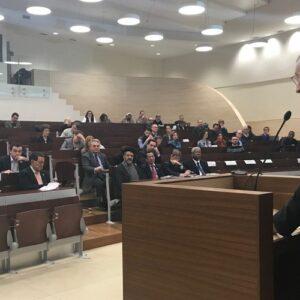 """Cardenal Pietro Parolin: """"Es importante implementar el acuerdo sobre los obispos en China"""""""