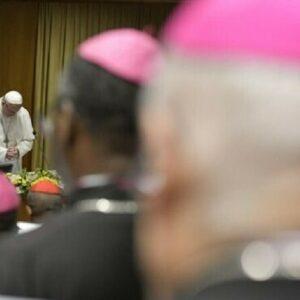 Francisco decretó que los casos de pederastia en el Vaticano puedan investigarse de oficio