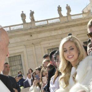Vaticano: Saludos de los peregrinos por el Día Internacional de la Mujer