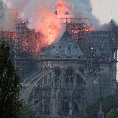 """Notre-Dame: El Papa desea que la catedral vuelva a """"convertirse en la hermosa joya en el corazón de la ciudad"""""""