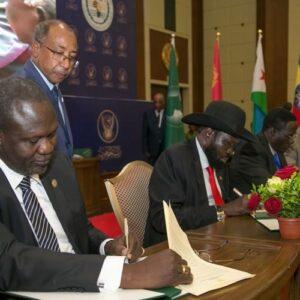 Francisco reunirá en el Vaticano a los líderes de Sudán del Sur para impulsar los acuerdos de paz