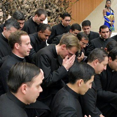 """""""¡Cristo vive y te quiere vivo!"""", anuncia el Papa a cada joven"""