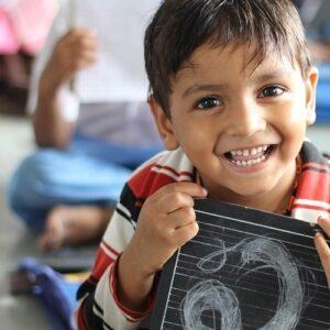 La mitad de los niños del mundo no van a la escuela preescolar