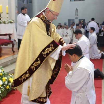 Si un joven escucha que Jesús lo llama para ser sacerdote, no dude en decirle sí. Será muy feliz
