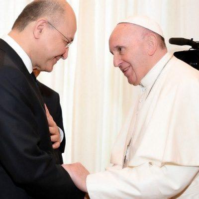 """El Papa """"tiene la voluntad"""" de viajar a Irak en 2020"""