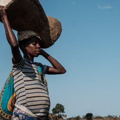 Más de 800 mujeres mueren a diario en partos por causas prevenibles